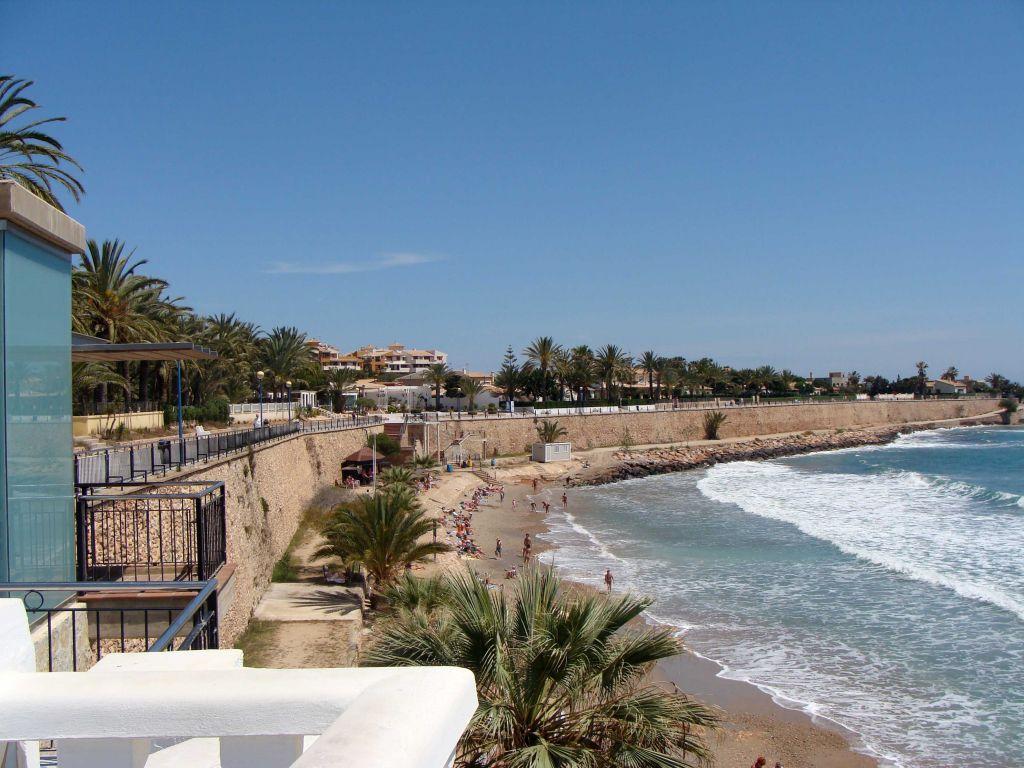 Пляж пунта прима торревьеха недвижимость