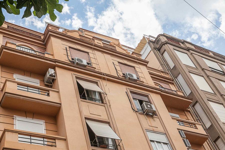 Недвижимость в испании офис в москве