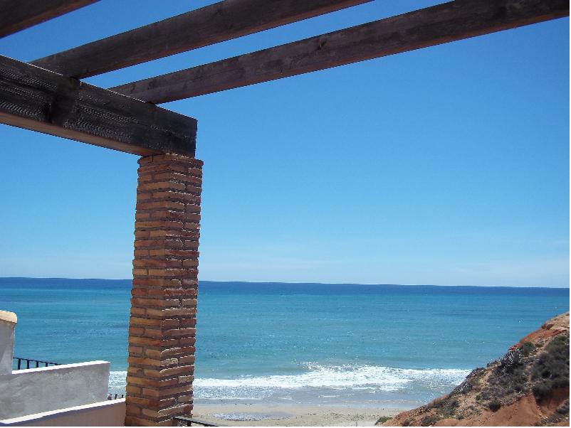 Испания бунгало на берегу